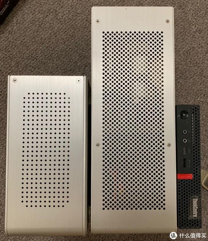 M75q-1体积是abee E10的1/4,DAN Case A4的1/7,这么小的体积,难怪把没有独显的ITX主机秒得落花流水。
