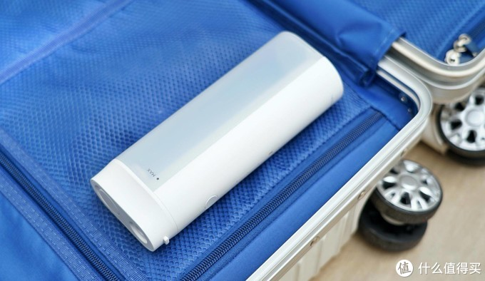 比牙签、牙线好用无数倍:直白无线洁牙器评测体验