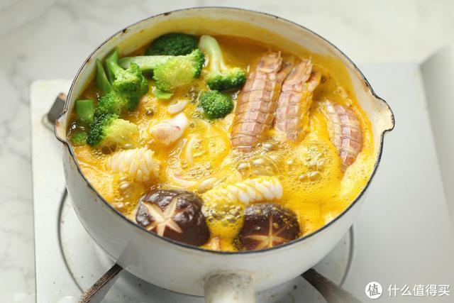 豪华版乌冬面,用料太丰富了,天冷吃一碗,全身都暖了