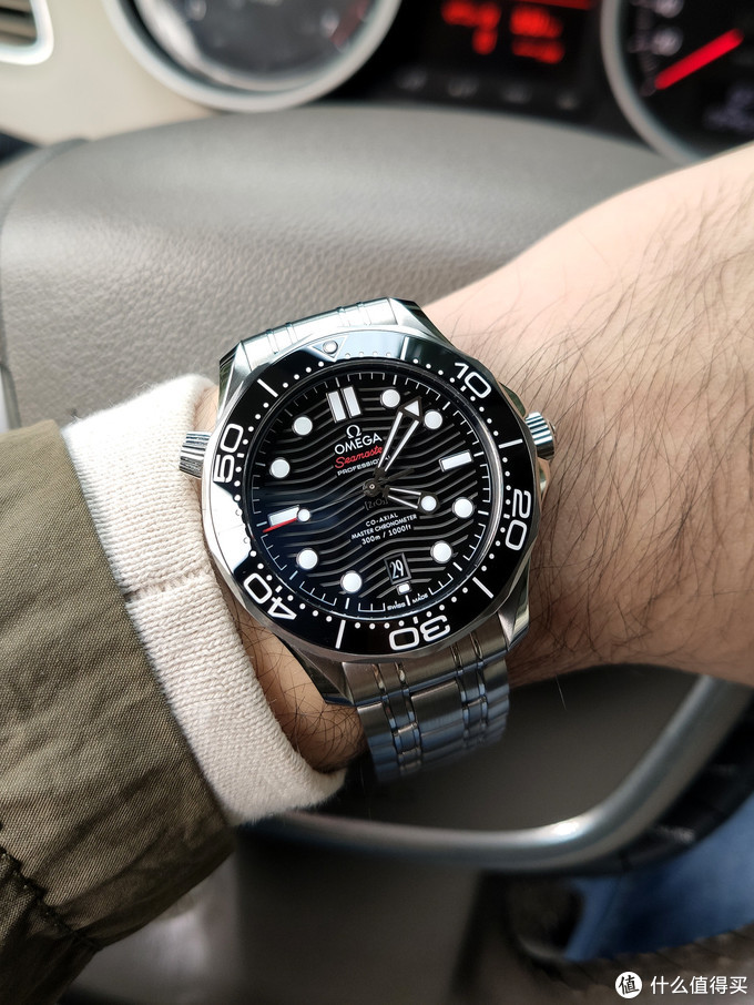 诚意之作——欧米茄新海马300米潜水机械表