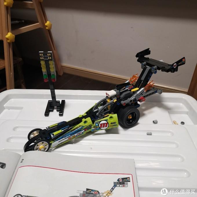 老杨的玩具仓库 篇八:乐高机械组 二合一 42103 高速回力赛车