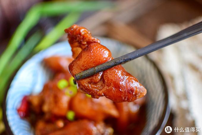 年夜饭必备的红烧猪蹄,很多人少了这两步,难怪猪蹄不好吃