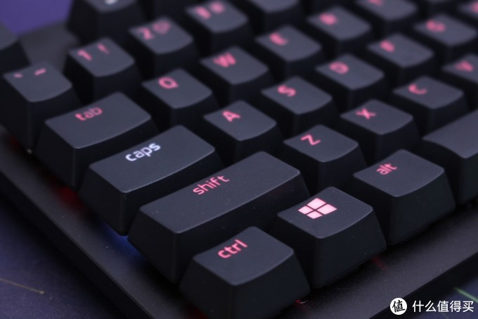 雷蛇幻彩套装——猎魂光蛛竞技版机械键盘&毒蝰游戏鼠标的开箱及体验