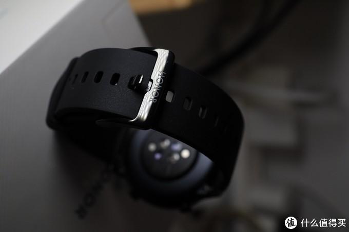我为什么义无反顾入了荣耀Magic Watch 2 42mm的坑?
