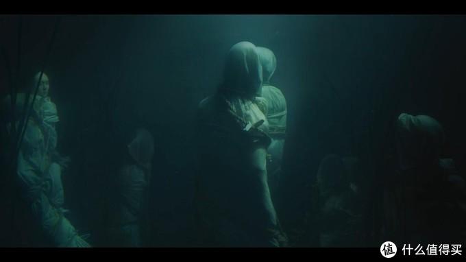 湖底沉尸,这一幕看着真心瘆得慌