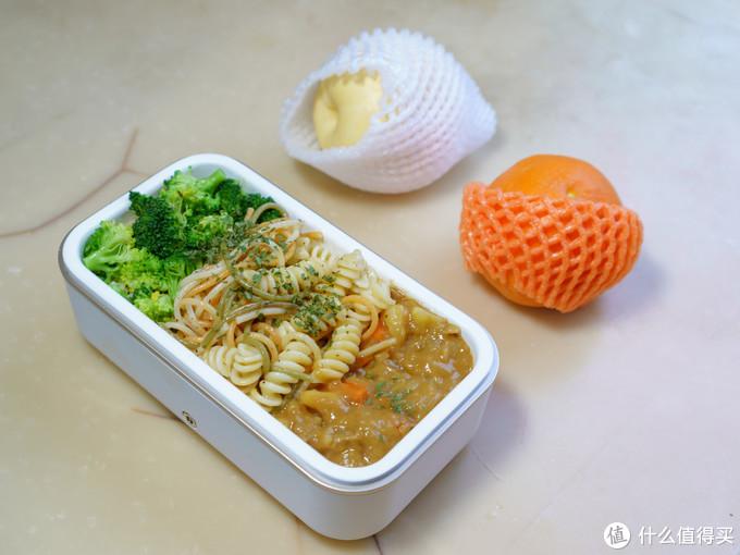 三分式构图,食材相互拥有很好的过渡和联系。