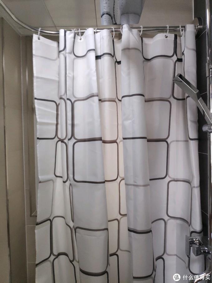 99元的U型浴室杆安装体验,家装淋浴新选择,经济实惠免打孔