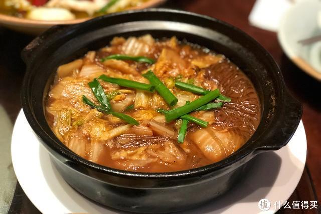 周末亲子团小聚,六个人点了八个菜,有鱼有肉人均不到四十块!