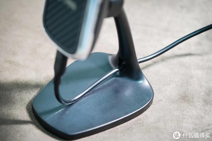 开箱与简评:PITAKA MagMount凯夫拉桌面无线磁吸充电器