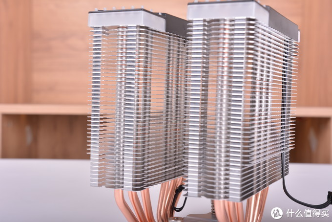 """高颜值,高性价比,高兼容性,一款""""三高""""散热器,乔思伯CR-2000GT散热器装机简评"""