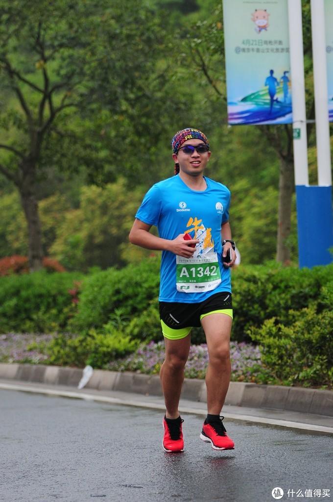 三年参赛距离1000公里--跑圈老咸鱼和你聊赛事、装备、囧途趣事