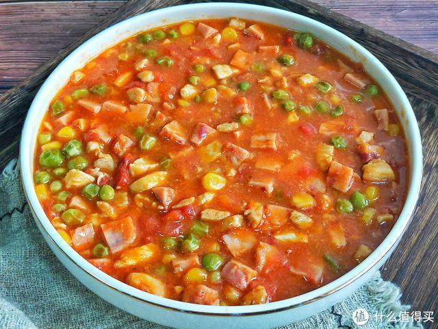 它和番茄是绝配,酸爽开胃又营养,我家隔三差五做一盘,孩子爱吃