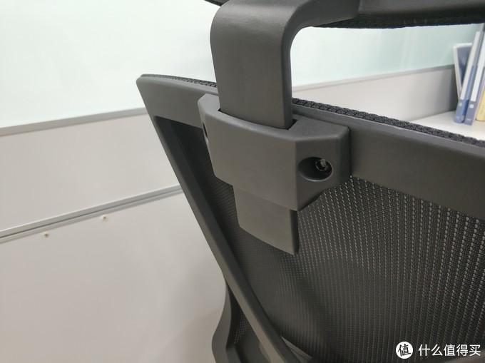 永艺(UE) 小午小睡系列人体工学椅使用体验