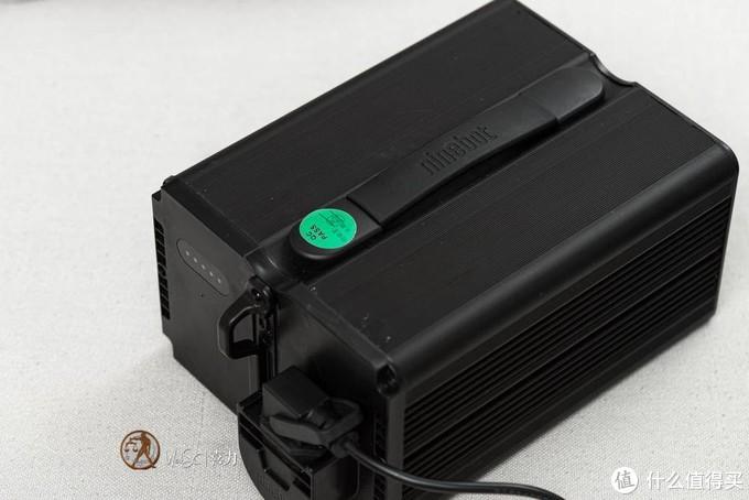 E100采用18650阵列的72V20Ah电池包