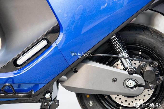 看你骨骼惊奇,这里有一部「九号E100电动摩托」200公里体验报告和你有缘