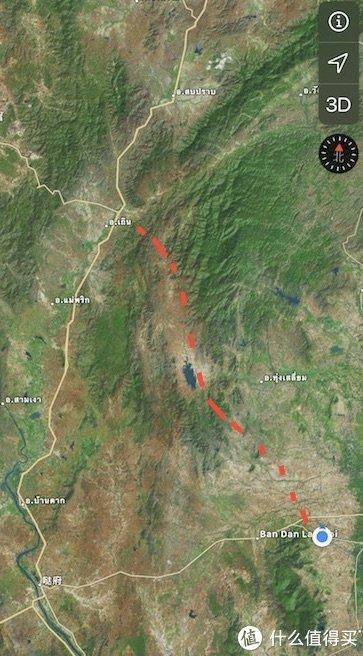 红线是穿越山区的公路,蓝点是素可泰。哒府是本来计划的穿越城市,位于贯穿泰国南北的1号公路