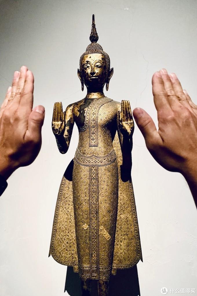 最后在国家博物馆呆了在泰国的最后的一个下午,GIVE ME FIVE