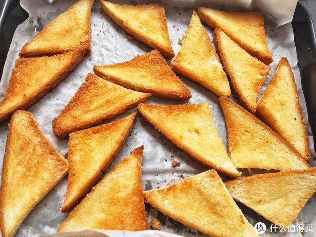 孩子就馋这早餐,烤一烤10分钟就好,酥脆香甜,三天两头吃一次