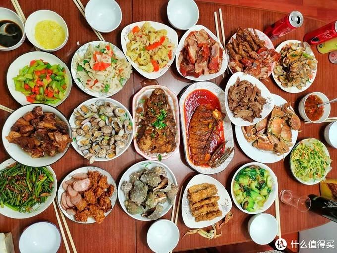 东北人家的年夜饭是这样的,满满都是家的味道,舌尖上的年味