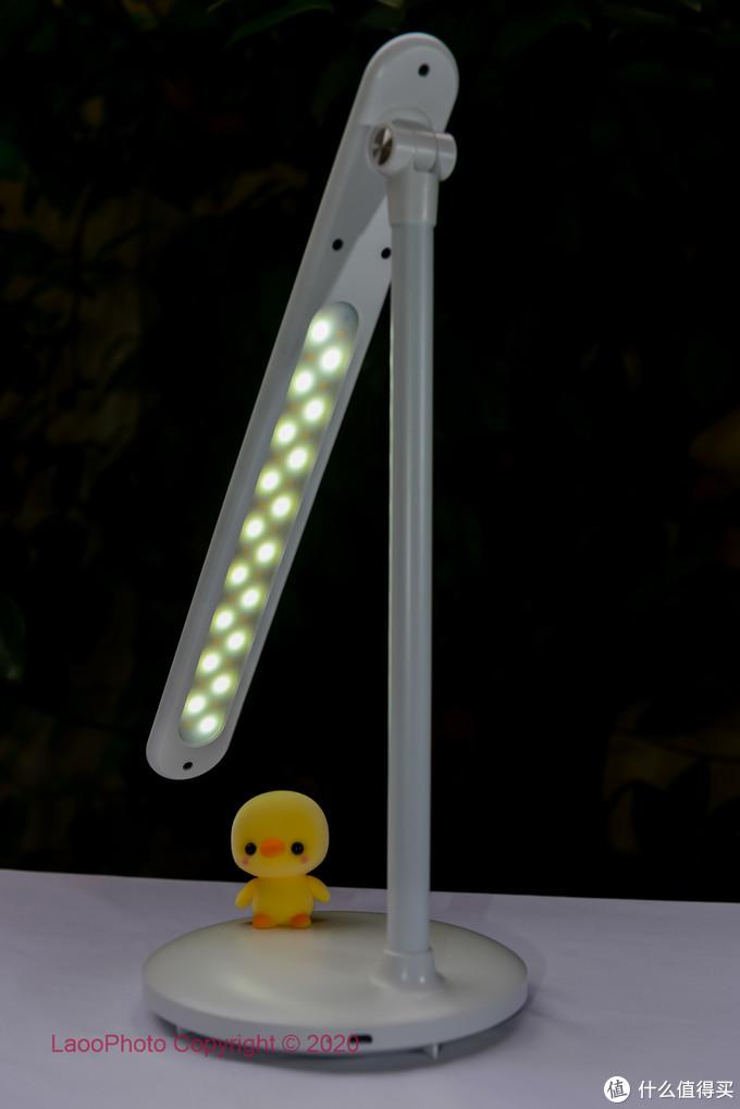 躺在床上看手机的好伴侣360柔光灯