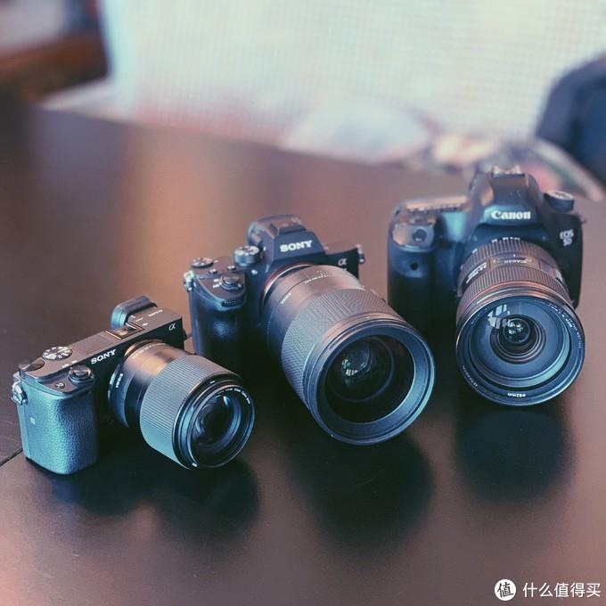 老中新三代相机齐聚首(iphone拍的)