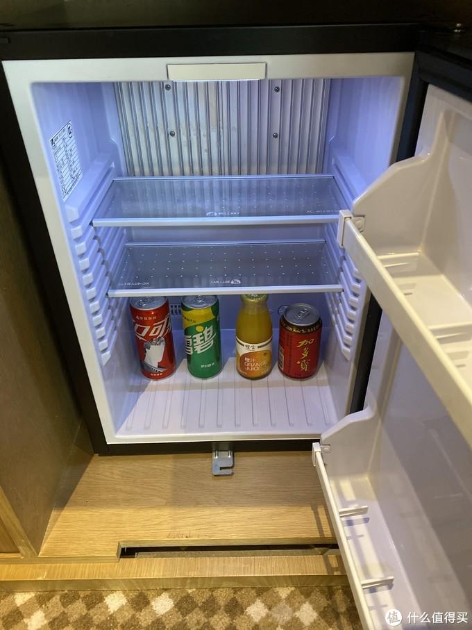 小冰箱免费