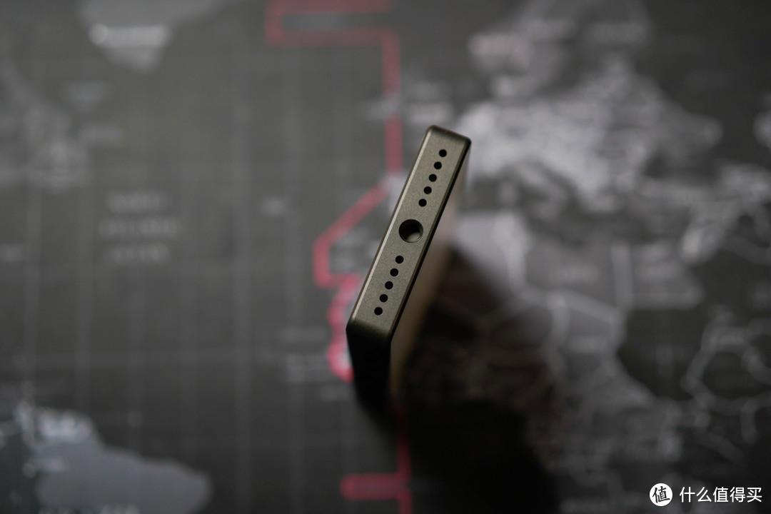 更直接和更精细,你选哪一种?——马小路LED补光灯MLED-120对比评测iwata GS-01