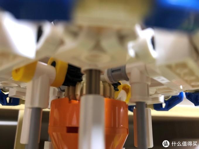 玩具积木中学习机械原理——旋转木马