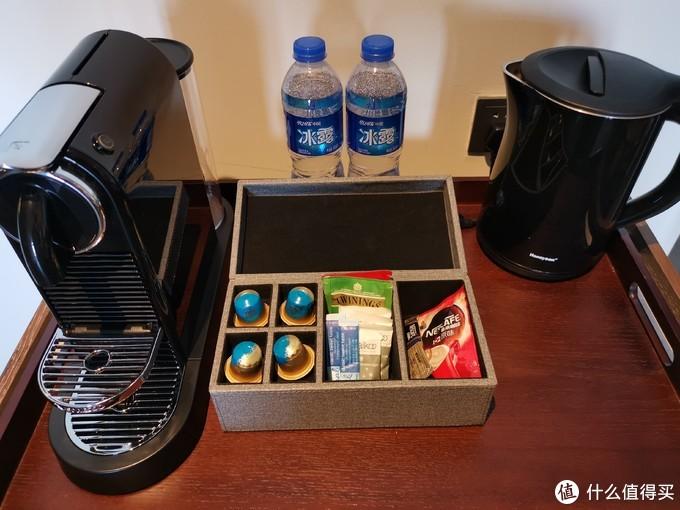咖啡机与及茶包