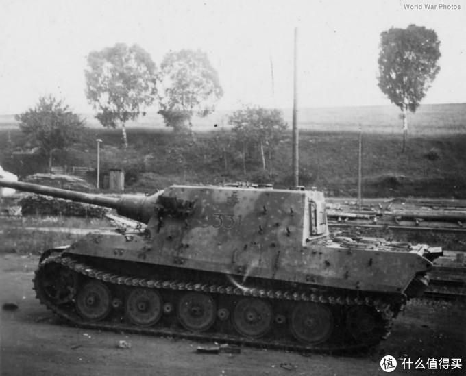 331号猎虎实车。1944年10月生产,车体编号305020,隶属于653重坦克歼击营。1945年3月在德国诺伊施塔特被美军缴获