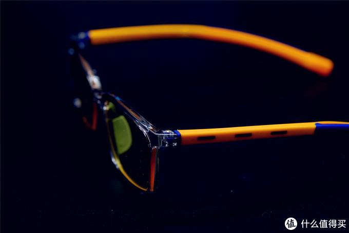 手机VS网课----这个超长假期儿童眼睛的保护