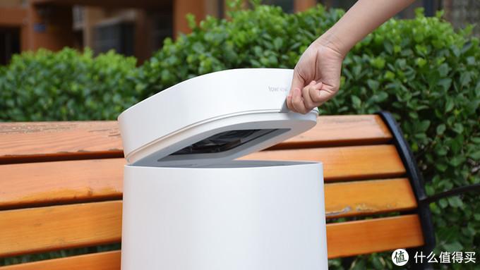 拓牛智能垃圾桶T Air开箱体验,让你爱上扔垃圾。