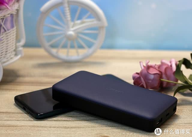 充电宝哪个牌子性价比高,苹果手机充电宝推荐