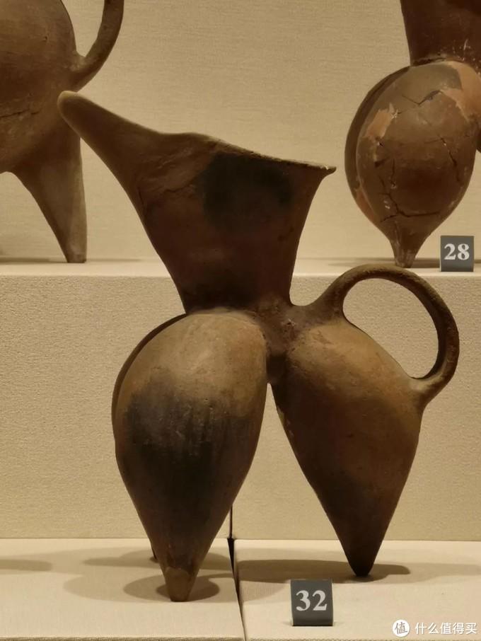老撕机带你看国宝--山东博物馆 中华文明的曙光,红陶兽形壶