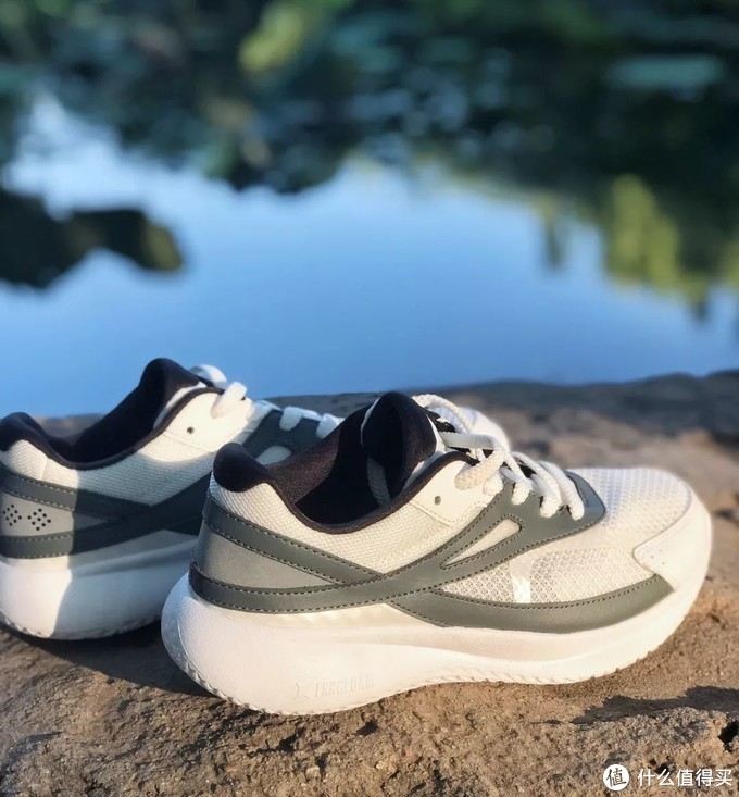 Pensole 悠启全掌碳板鞋,休闲其表,运动其中