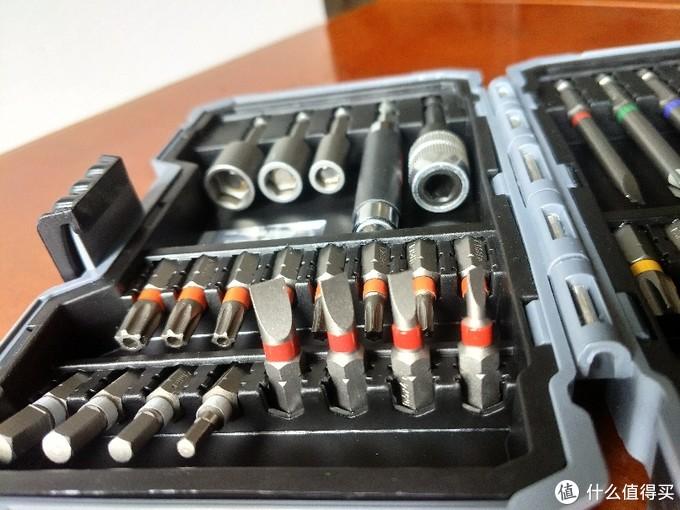 博世(BOSCH)彩虹魔盒(43件套)螺丝批头套装晒单