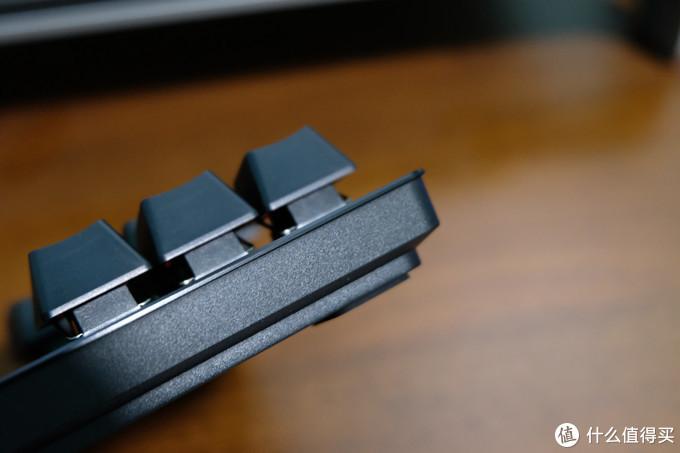 Razer雷蛇 猎魂光蛛竞技版线性光轴机械键盘 体验评测
