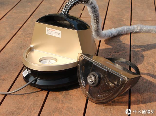 家里有一个挂烫机是什么体验,天天熨衣服?华光蒸汽式挂烫机测评