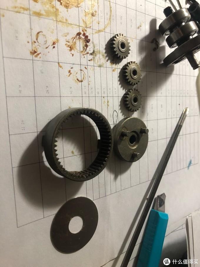 达文西之百得evo多功能钻开箱瞬间放弃保修拆解测评(6-充气泵功能头)