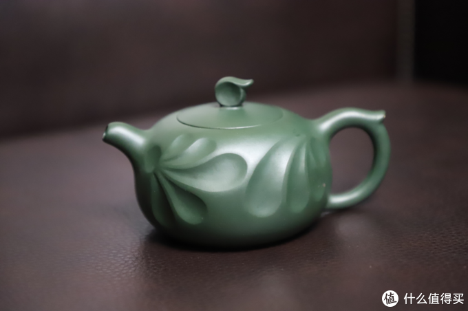从国家工美师毛俊兰手作筋纹紫砂壶——「滴水之恩」出发,顺便聊聊民国绿泥