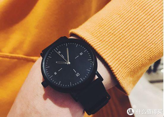 续航长达8个月的D1智能手表,让你轻松体验生活