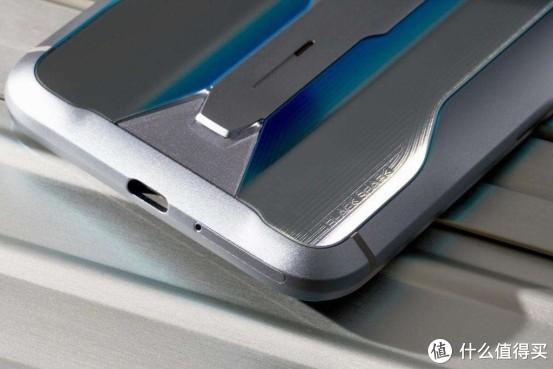 黑鲨2 Pro 颜值与性能并存的游戏手机!