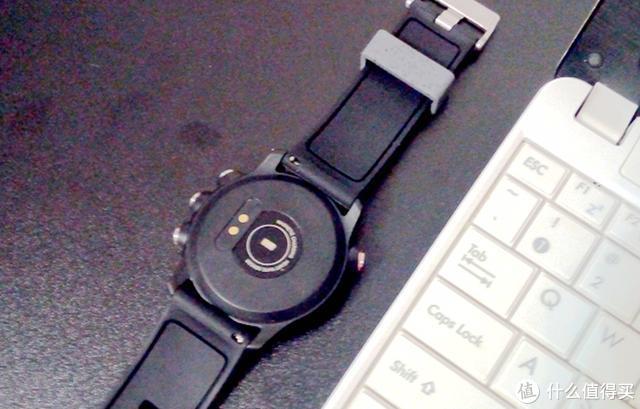 """全息魅影M-watch体验:超长续航的""""电子表"""""""