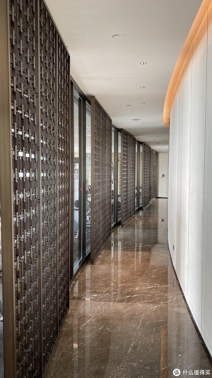 健身房走廊