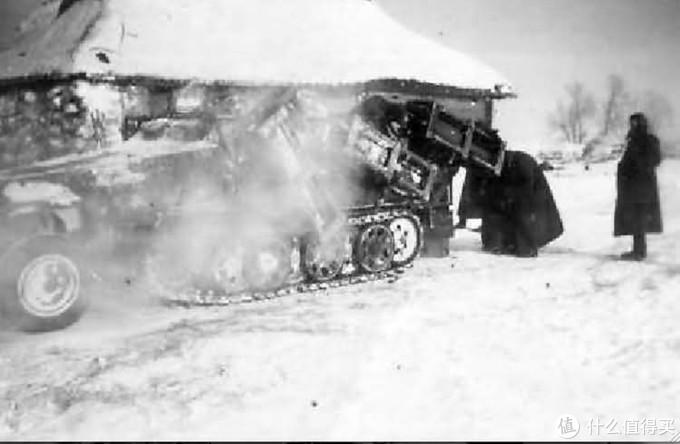 """Sd.kfz. 251/1 Wurfrahmen 40,更通俗的叫法是""""陆地斯图卡"""""""