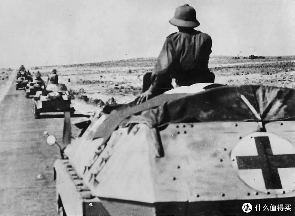 非洲军使用的Sd.kfz. 251/8型救护车