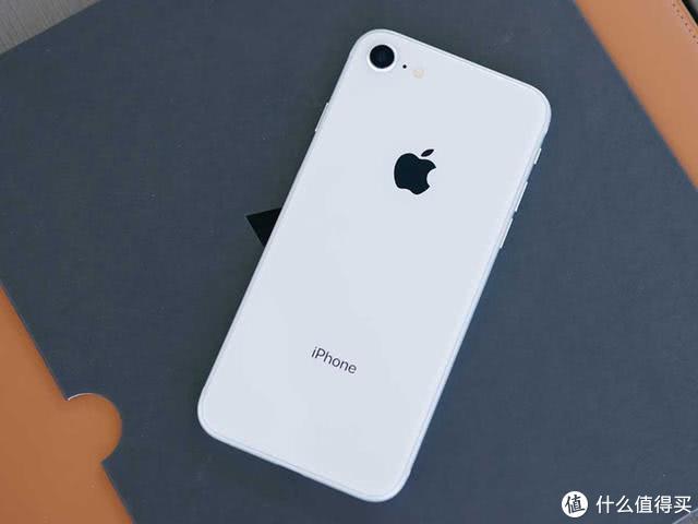 3月发布iPhone9!一发新品,苹果股价就要波动?去年股价翻倍!