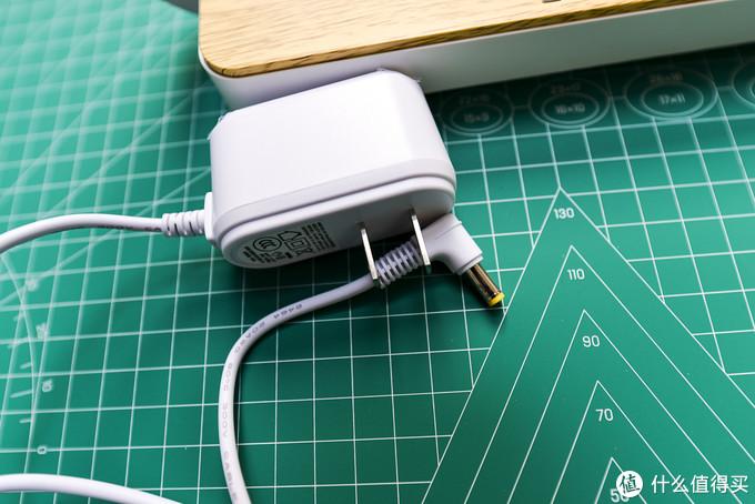 无线充电器+床头灯的组合!高颜值的EZVALO 几光 无线充电床头灯&台灯晒单