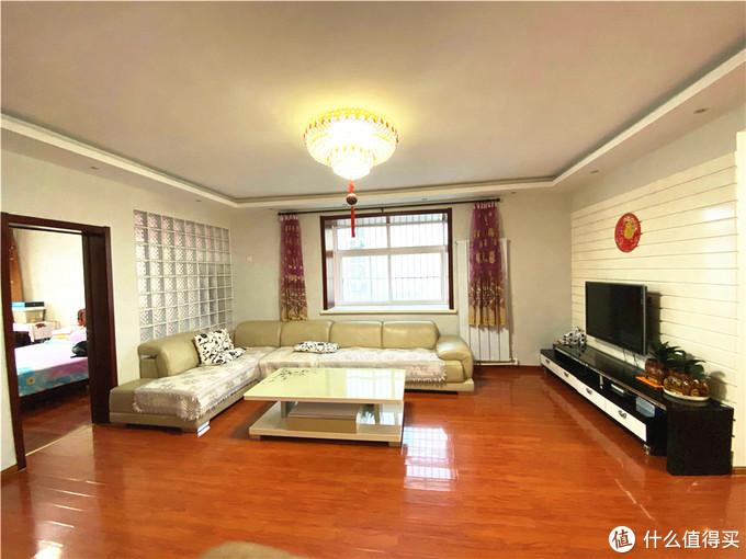 用时3天时间,2000块钱改造老房子(墙面修补 顶面 乳胶漆 全部壁纸 地板)
