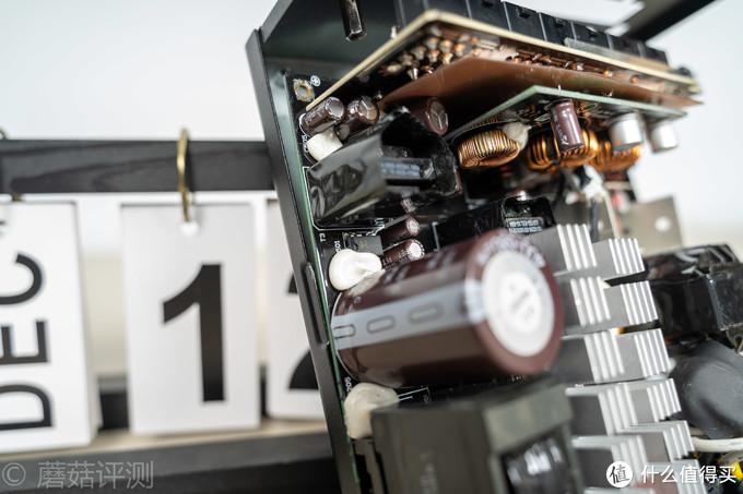 用料给力,做工出色、超频三GI-P850金牌全模组RGB电源 拆解评测